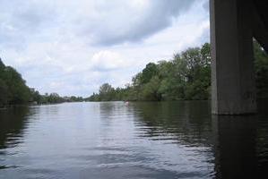 natürliche Wakenitz ab B75 - Brücke
