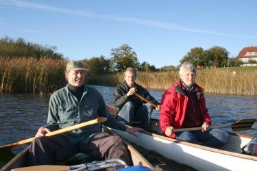 Das FlussInfo-Team auf dem Fuhlensee